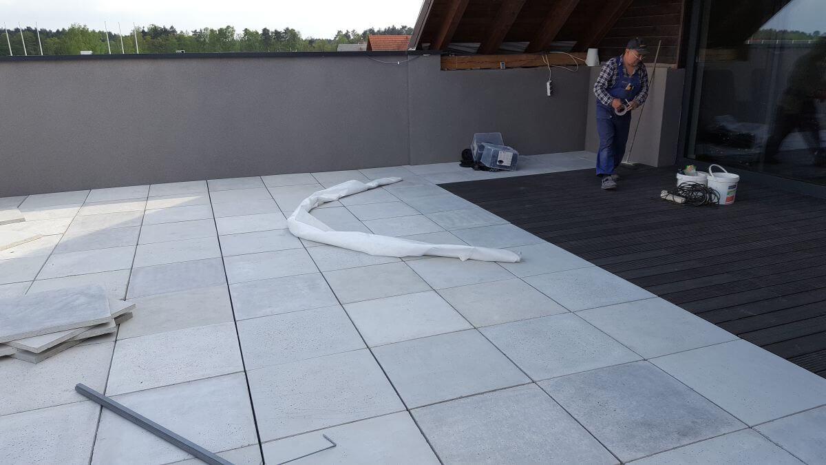 Taras betonowy - kamień